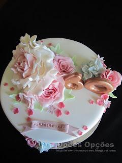 bolo aniversário flores