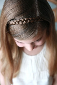 Cute%2BEasy%2BHairstyles%2BFor%2BLittle%2BGirls%2B%252820%2529 30 Cute Easy Hairstyles For Little Girls Interior