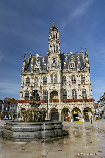 Fuente de Luis XIV - Oudenaarde por El Guisante Verde Project