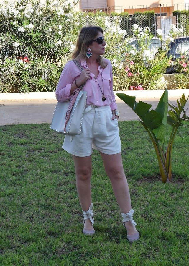 Short_blanco_blusa_rosa_summer10x10