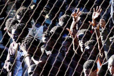 Az exklávék határkerítéseinek átalakítására készül Spanyolország