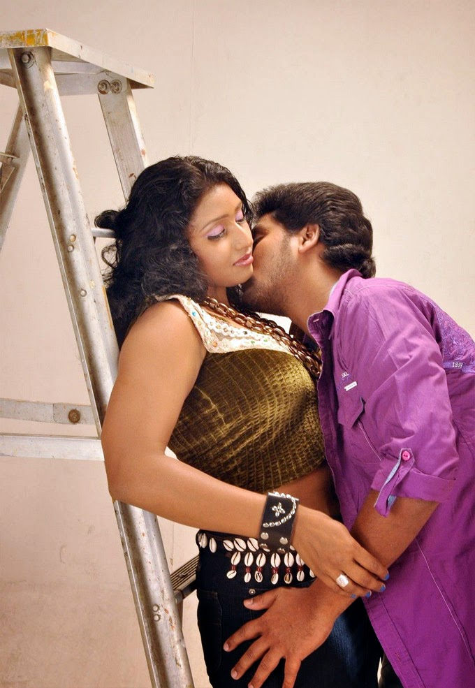 South Film Hot Gallery - Actress Hot And Spicy Photos -5190