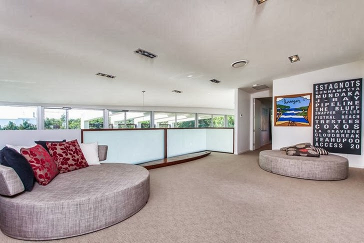 Entertainment room in Classy contemporary house in Casuarina, Australia