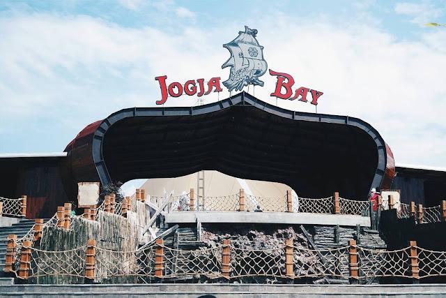 Yuk intip Jogja Bay Pirates Water Park yang Beralamat di Maguwoharjo Yogyakarta