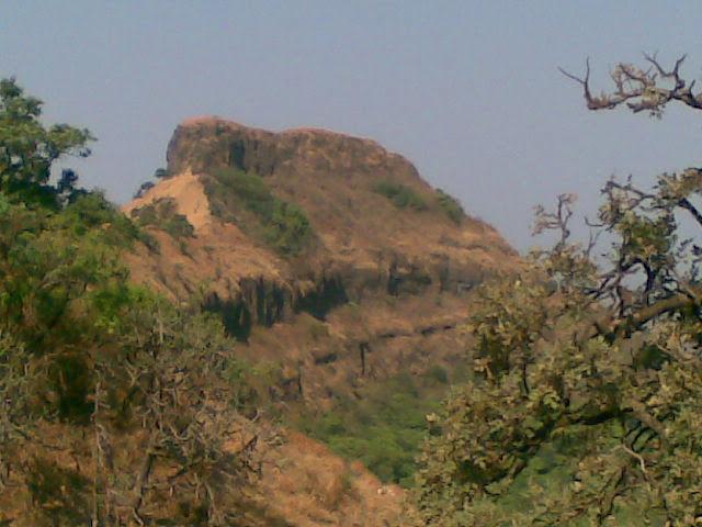 Madhumakarandgad 35