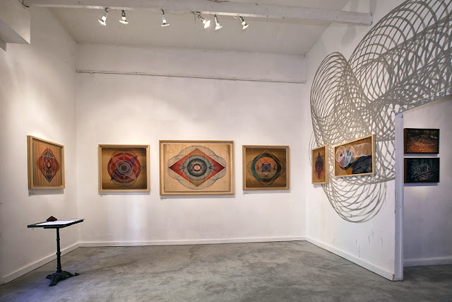 A few days ago, Italian Street Artist Moneyless opened his new solo show at 999Contemporary in Rome, Italy. 6