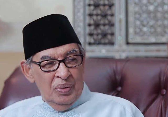 Apakah Harus Khatam Membaca Al-Qur'an Selama Bulan Ramadhan?