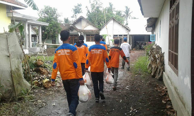 Para relawan tiada lelah MEMBERI untuk SESAMA