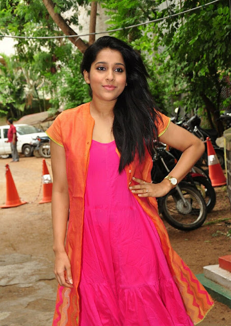 Rashmi Gautam in Pink and Orange Combination Layered Anarkali Suit