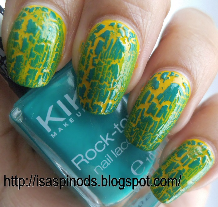 Little Fairy: Uñas: Untried Polish Challenge - Day 2 Two Colors