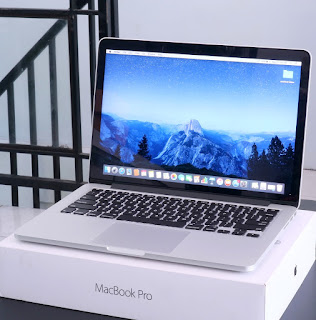 "MacBook Pro Retina i5 (13"" Early 2015) Fullset"