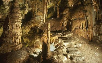 cuevas cristal molinos hostal alcorisa
