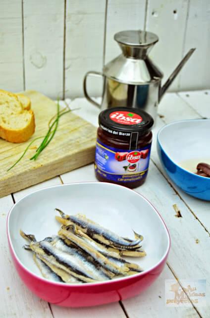tosta-boqueron-pimiento-caramelizado4