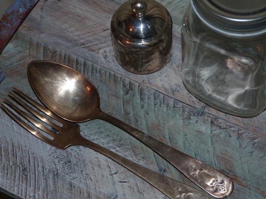 isabelvintage-vintage-bandeja-tablas-palet-asas oxidadas