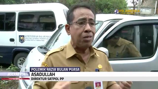 VIDEO : TINGKAH PARA PEJABAT Yang  Tak Rela Kehilangan Jabatanya, Memberi Sumbangan kepada IBU SAENI.