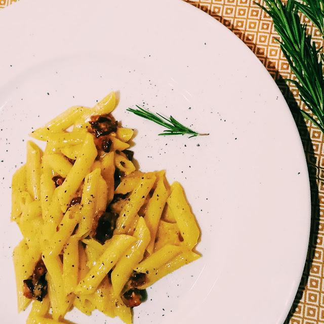 Tradycyjna włoska carbonara
