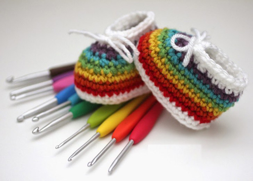 Crochet Rainbow Baby Booties - Free Pattern