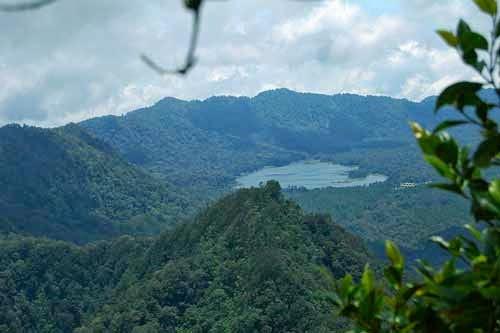 Wisata Situ Lembang