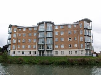 Why buy this premium river facing apartments in town for Why buy an apartment