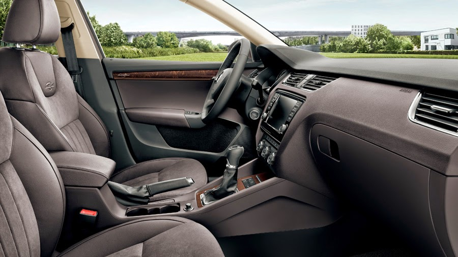 Interior del Skoda Octavia Laurin and Klement