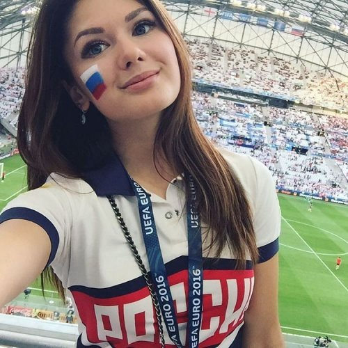 Soccer-Babes-2017-Hot-hd-wallpapers-Sexy-images-Bold-Pictures-pics-photos
