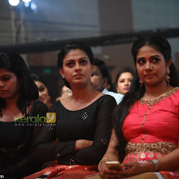Serial actresses latest photos from Asianet Television Awards 2016
