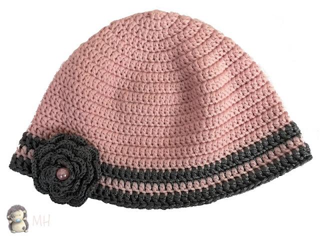 gorro rosa y plata a crochet