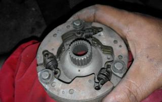 Gambar auto clutch