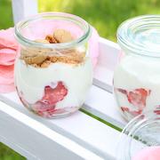 http://www.day-dreamin.com/2016/05/rezept-erdbeer-zitronen-dessert.html