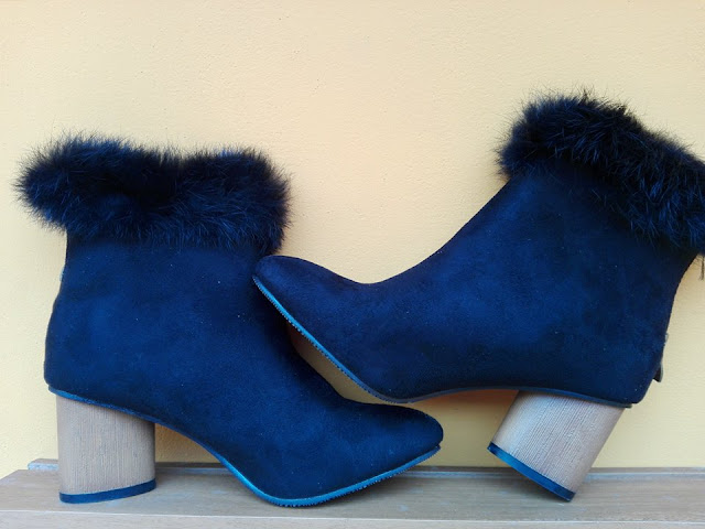https://www.zaful.com/zip-pointed-toe-faux-fur-ankle-boots-p_259970.html?lkid=12751451
