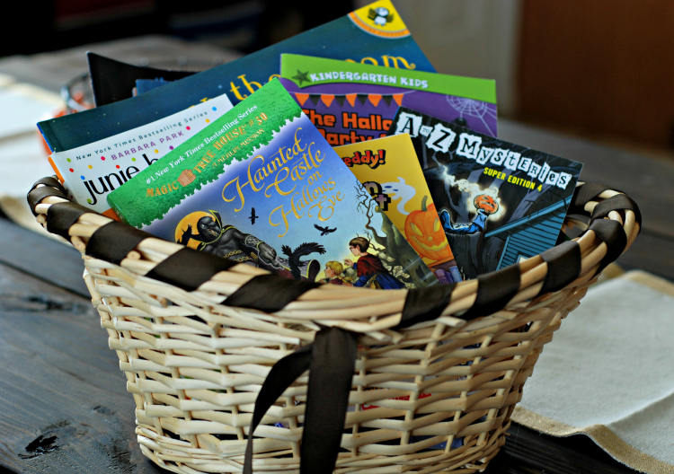 Hall Around Texas Halloween books for kids