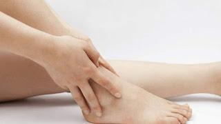 Asam urat membuat kaki bengkak, bolehkah asam urat makan nanas, asam urat benjol, cara mengatasi rasa sakit pada asam urat, nama obat asam urat di apotik, penyakit asam urat di telapak kaki, asam urat dan alpukat, penyebab dan cara mengatasi sakit asam urat, cara mengobati asam urat pada kaki secara alami, penyebab asam urat pada kaki, obat asam urat alami