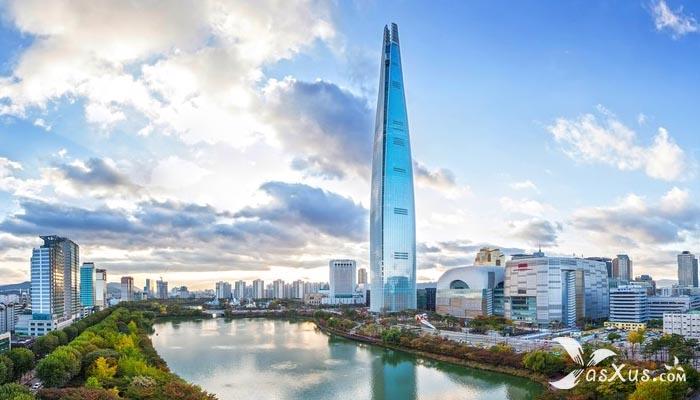 10 Daftar Urutan Menara Tertinggi di Dunia Saat Ini