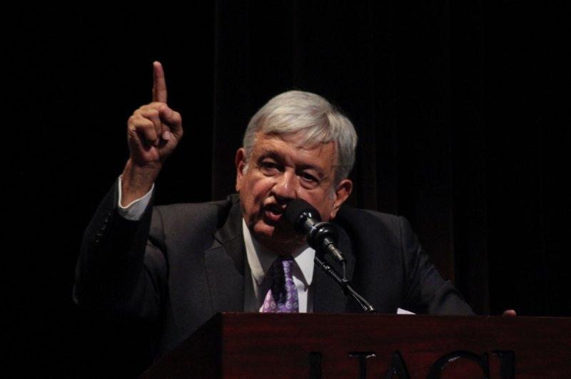 """López Obrador le dice a Trump: """"haremos lo que le convenga a México, no a un país extranjero"""""""