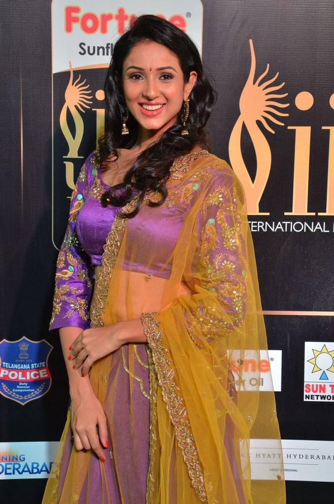 Telugu Actress Priya Shri At IIFA Awards 2017 In Violet Dress
