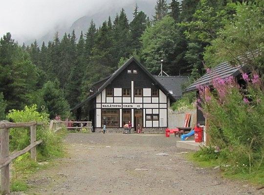 Schronisko Majlátha (słow. Majláthova chata, Majláthka, 1500 m n.p.m.).