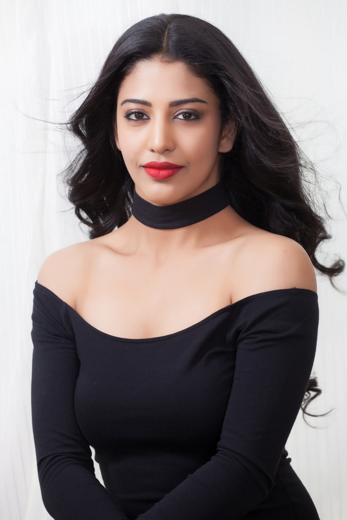 Daksha Nagarkar Hot Black Dress Pics
