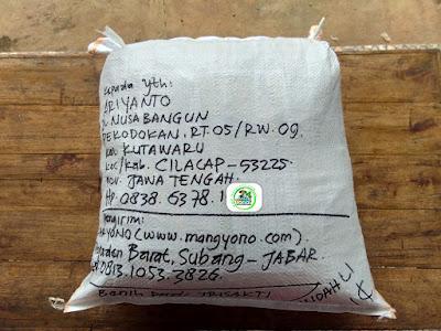 Benih pesanan ARIYANTO Cilacap, Jateng..   (Sesudah Packing)