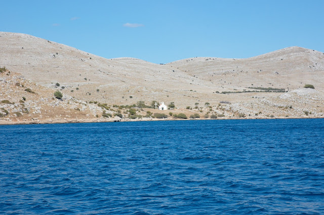 urokliwe kapliczki na wybrzeżu Chorwacja