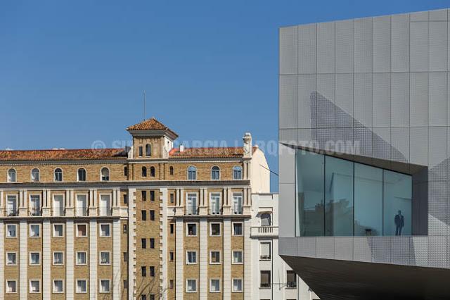 By zonarquitec centro cultural caixaforum zaragoza for Estudios arquitectura zaragoza