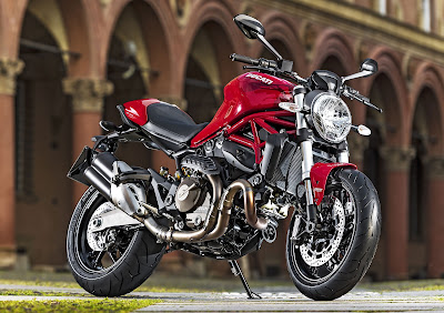 Ducati Monster 821 Naked bike