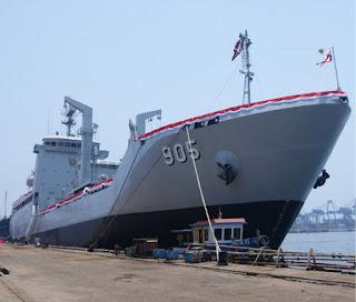 KRI Tarakan 905 - Kapal Bantu Cair Minyak (BCM) Buatan Anak Bangsa