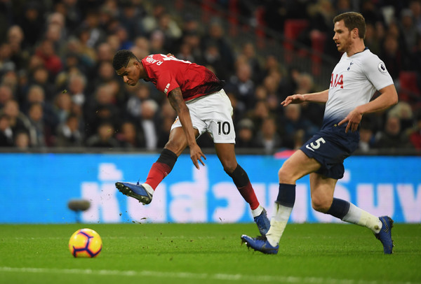 Marcus Rashford scores the only goal in crucial 1-0 win for Manchester United away at Tottenham