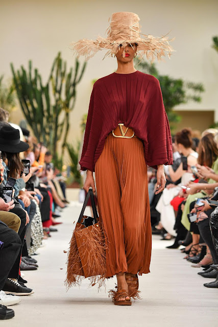 10 Best Fashion Trends  - Valentino SS2019