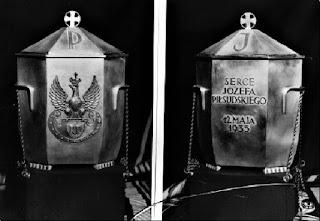 Urna z sercem Marszałka Piłsudskiego