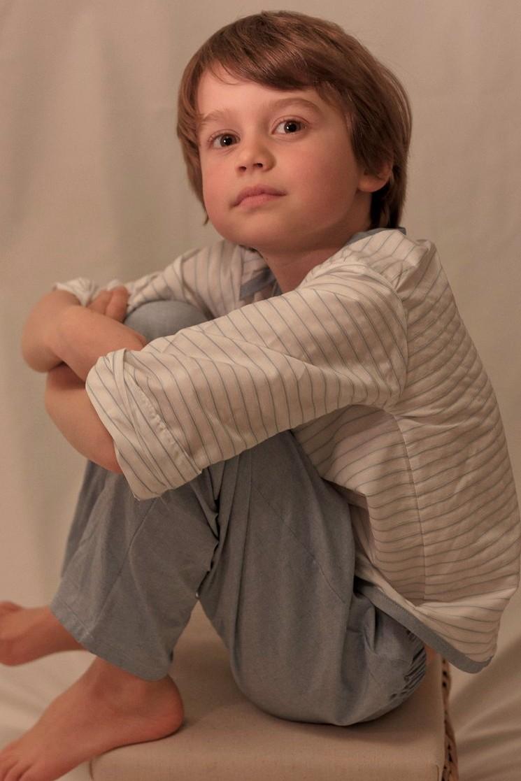 vingt heures cinq vous simplifie le coucher des enfants pyjamas gar on. Black Bedroom Furniture Sets. Home Design Ideas