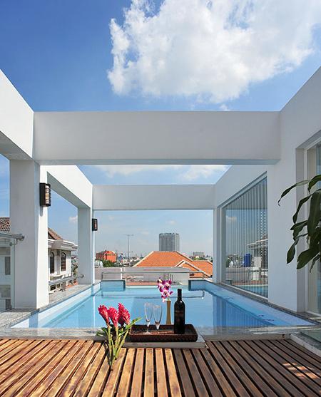 Mãn nhãn với thiết kế nhà 4 tầng với hồ bơi trên mái