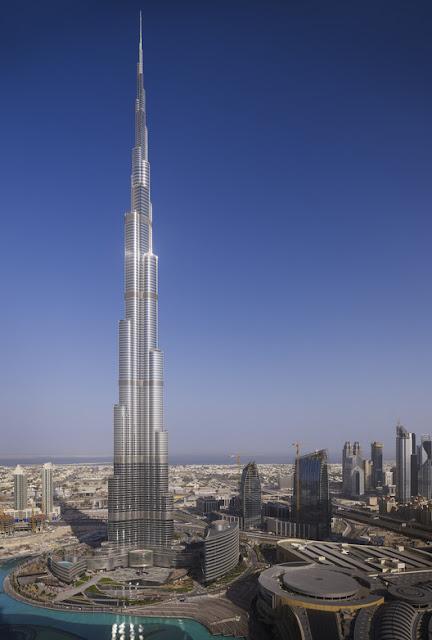 Tháp Burj Khalifa