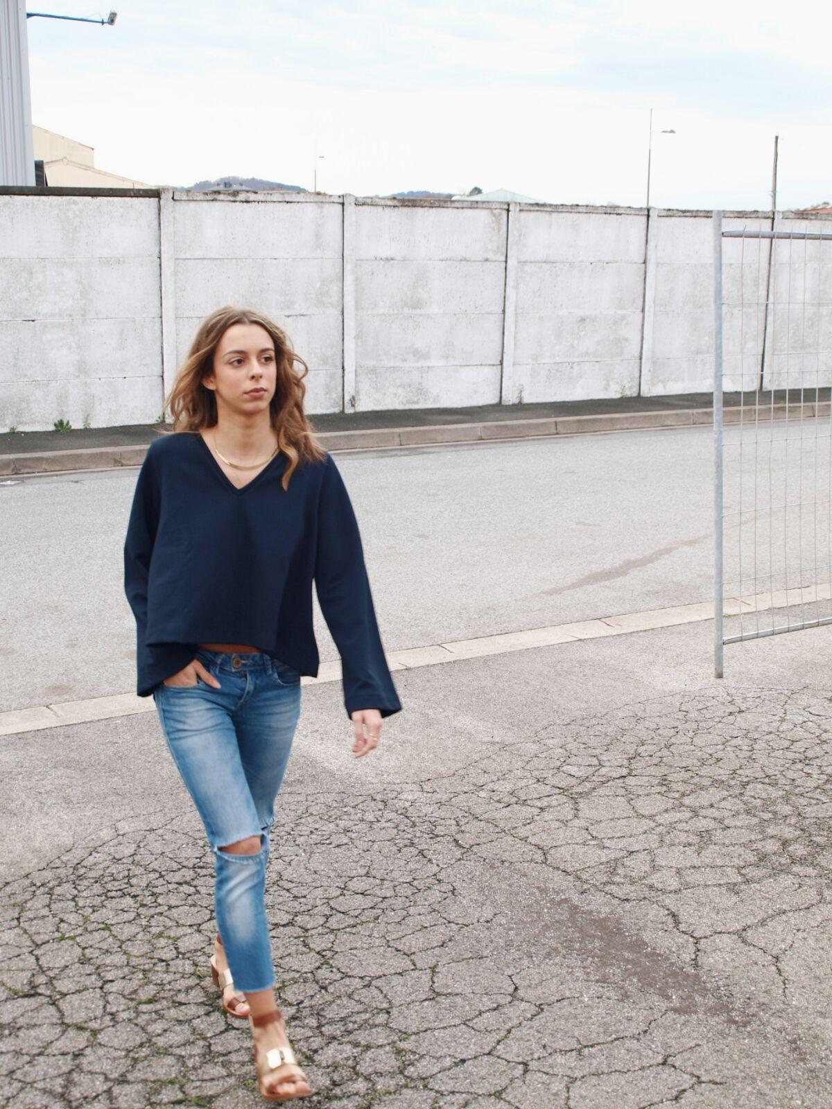 blue-feeling-coastalandco-blog-hendaye-paysbasque-fashion-mode-beaute-jeans-destroy-girl-boheme-casual-hair-smile-blogspot-blogger-zara-asos