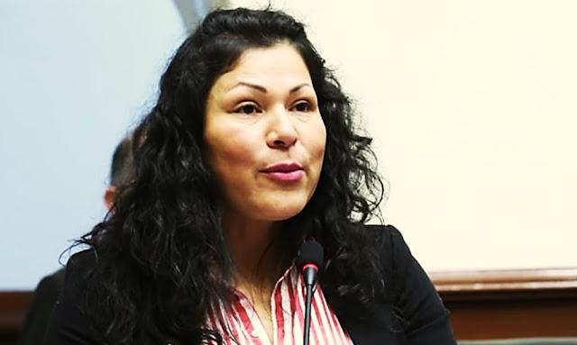 Yesenia Ponce
